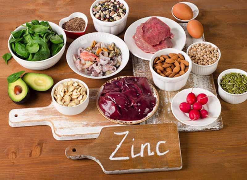 Nam giới bị yếu tinh trùng nên bổ sung các loại thực phẩm giàu kẽm trong khẩu phần ăn hàng ngày