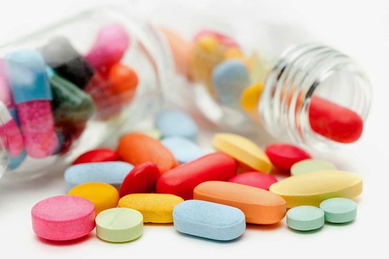 Có rất nhiều loại thuốc Tây sử dụng chữa viêm mũi hiệu quả