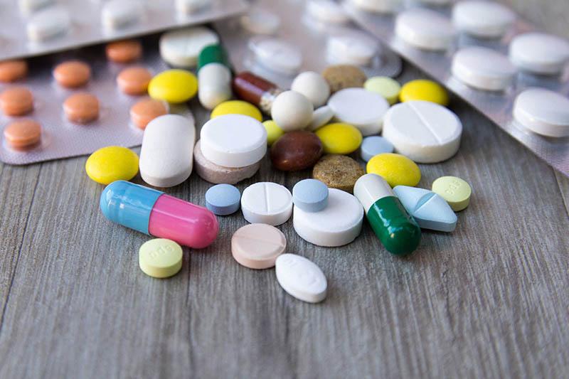 Thuốc Tây giúp khống chế viêm mũi dị ứng và làm giảm triệu chứng bệnh hiệu quả