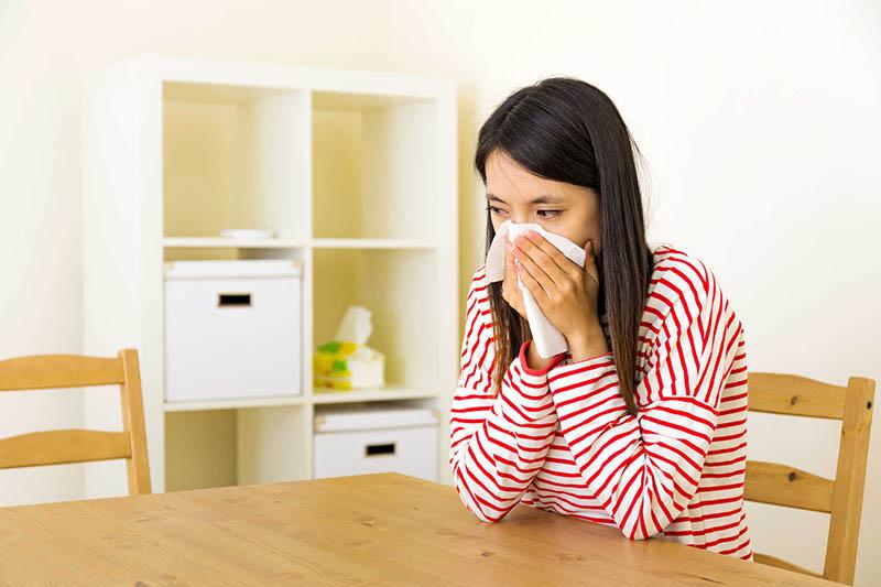 Người bệnh nên đi kiểm tra trước khi quyết định nâng mũi
