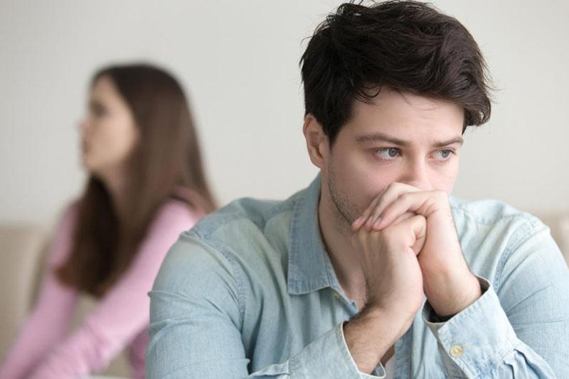 Vô sinh ở nam giới là vấn đề gây phiền muộn ở nhiều người