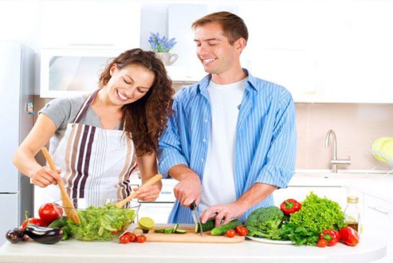 Thay đổi chế độ ăn uống, giảm bớt căng thẳng sẽ giảm tình trạng tinh trùng vón cục