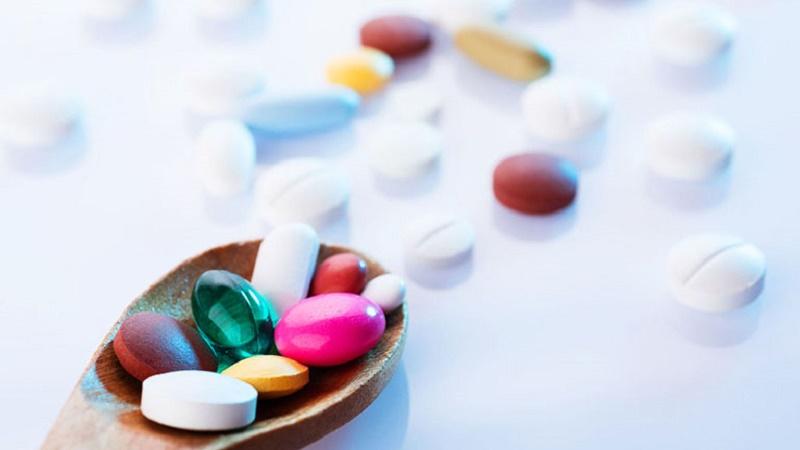 Thuốc Corticosteroid có thể khiến da nổi mụn trứng cá
