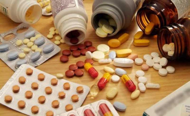 Sử dụng thuốc giảm đau khi bị viêm khớp