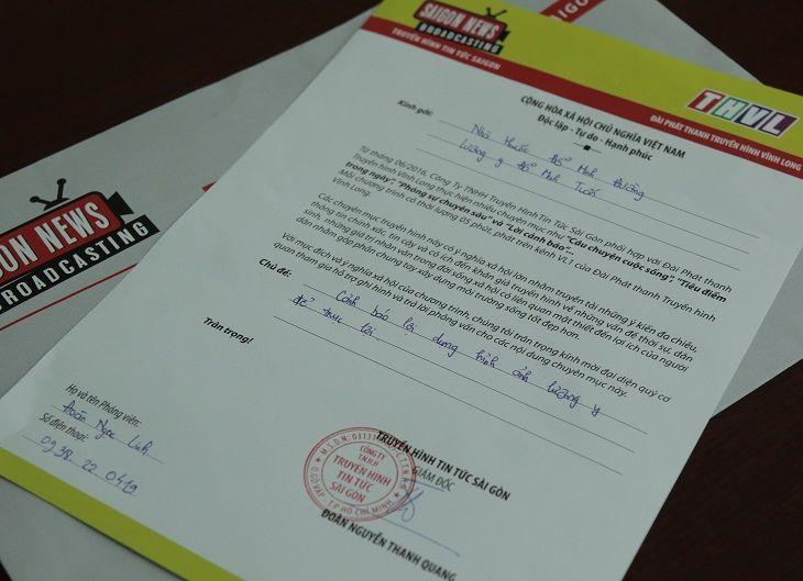 """Truyền hình Vĩnh Long thực hiện phóng sự chủ đề """"Cảnh báo lợi dụng hình ảnh lương y để trục lợi"""""""