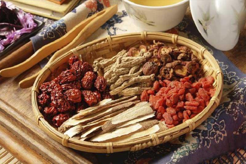 Thuốc Đông y có tác dụng hoạt huyết, tiêu viêm, thanh nhiệt, giải độc, chữa ngứa từ gốc