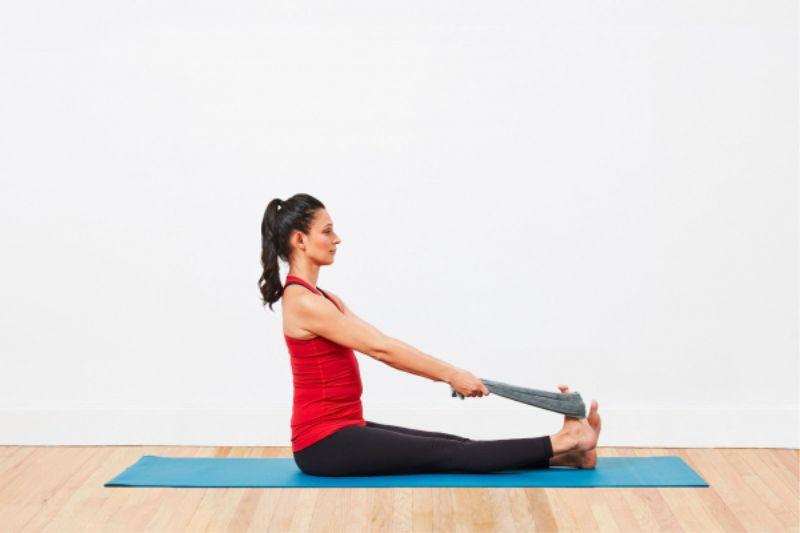 Thực hiện các bài tập vật lý trị liệu là một biện pháp hiệu quả giúp cải thiện triệu chứng bệnh
