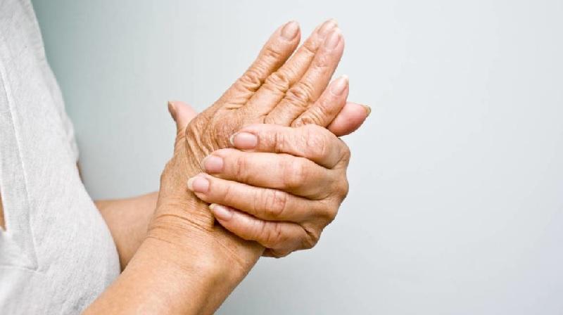 Cứ 3 người bị tiểu đường thì có 1 người bị ngứa kẽ tay, chân