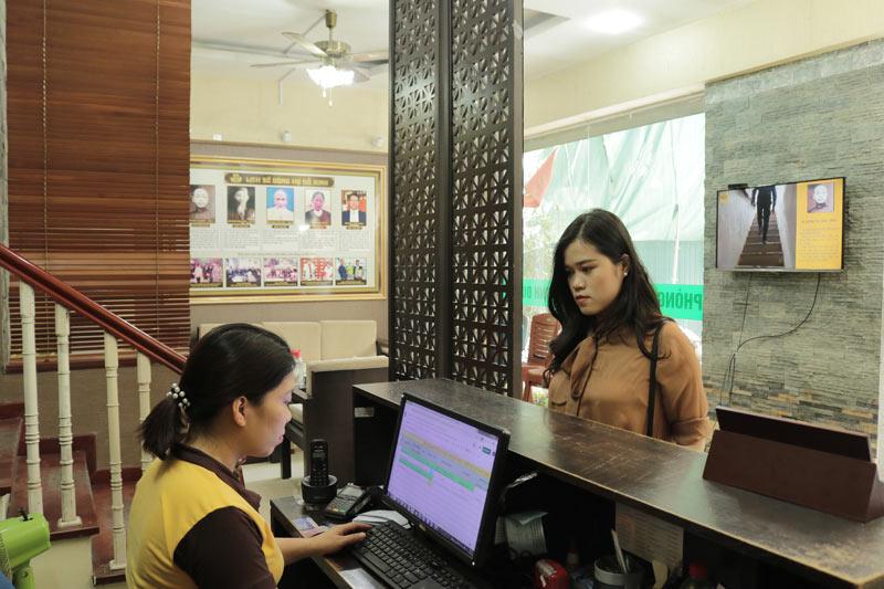 Chị Châu đến nhà thuốc Đỗ Minh Đường thăm khám lần đầu tiên vào một ngày cuối tháng 4/2020