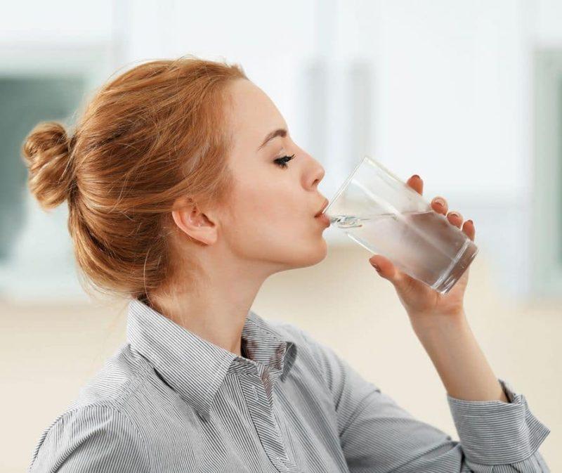 viêm họng do uống nước đá