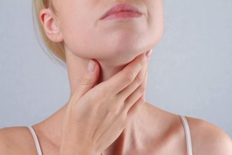 Viêm họng mãn tính là bệnh dễ tái phát, khó trị dứt điểm