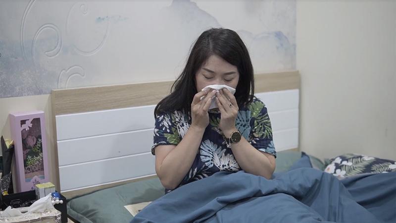 Cô bị bệnh viêm mũi dị ứng, viêm đa xoang mấy chục năm nay rồi