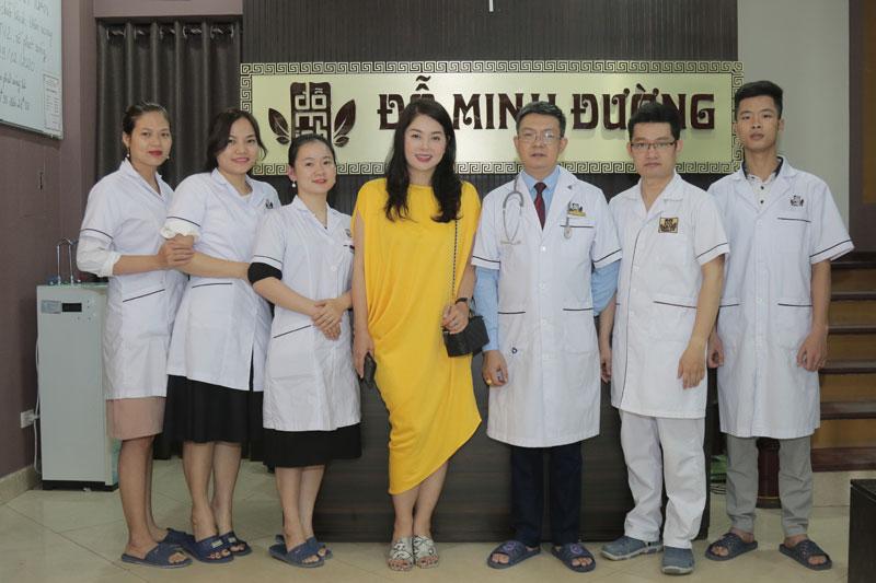 Nhà thuốc tiếp đón và điều trị cho nhiều nghệ sỹ nổi tiếng như Dv Thanh Tú, Ns Văn Báu, Dv Nguyệt Hằng,...