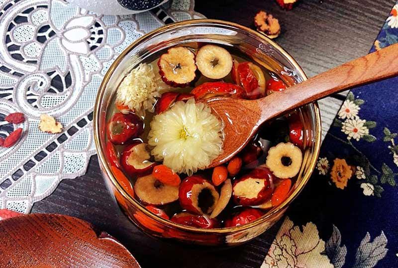 Thay vì viêm xoang ăn mắm tôm, canh táo đỏ giúp hốc mũi thông thoáng hơn
