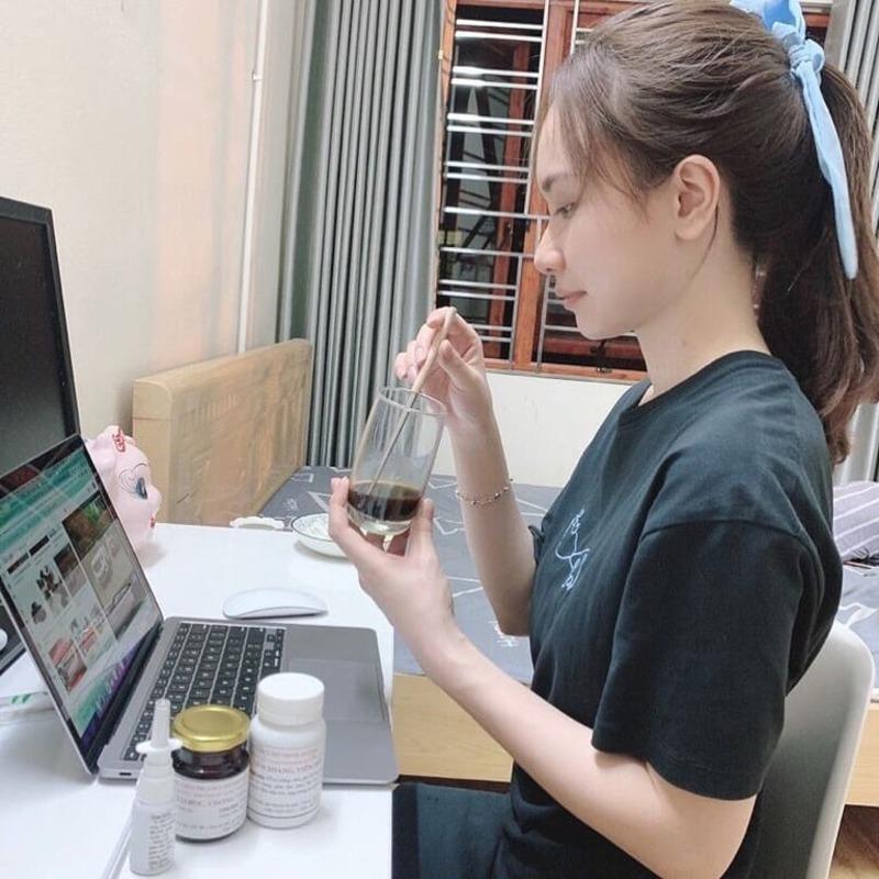 Quá trình sử dụng bài thuốc Viêm mũi dị ứng Đỗ Minh của Thu Trang rất tiện lợi, nhanh chóng và dễ dàng